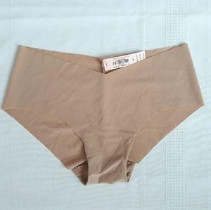 Victoria's Secret Seamless Nude Hipster Underwear